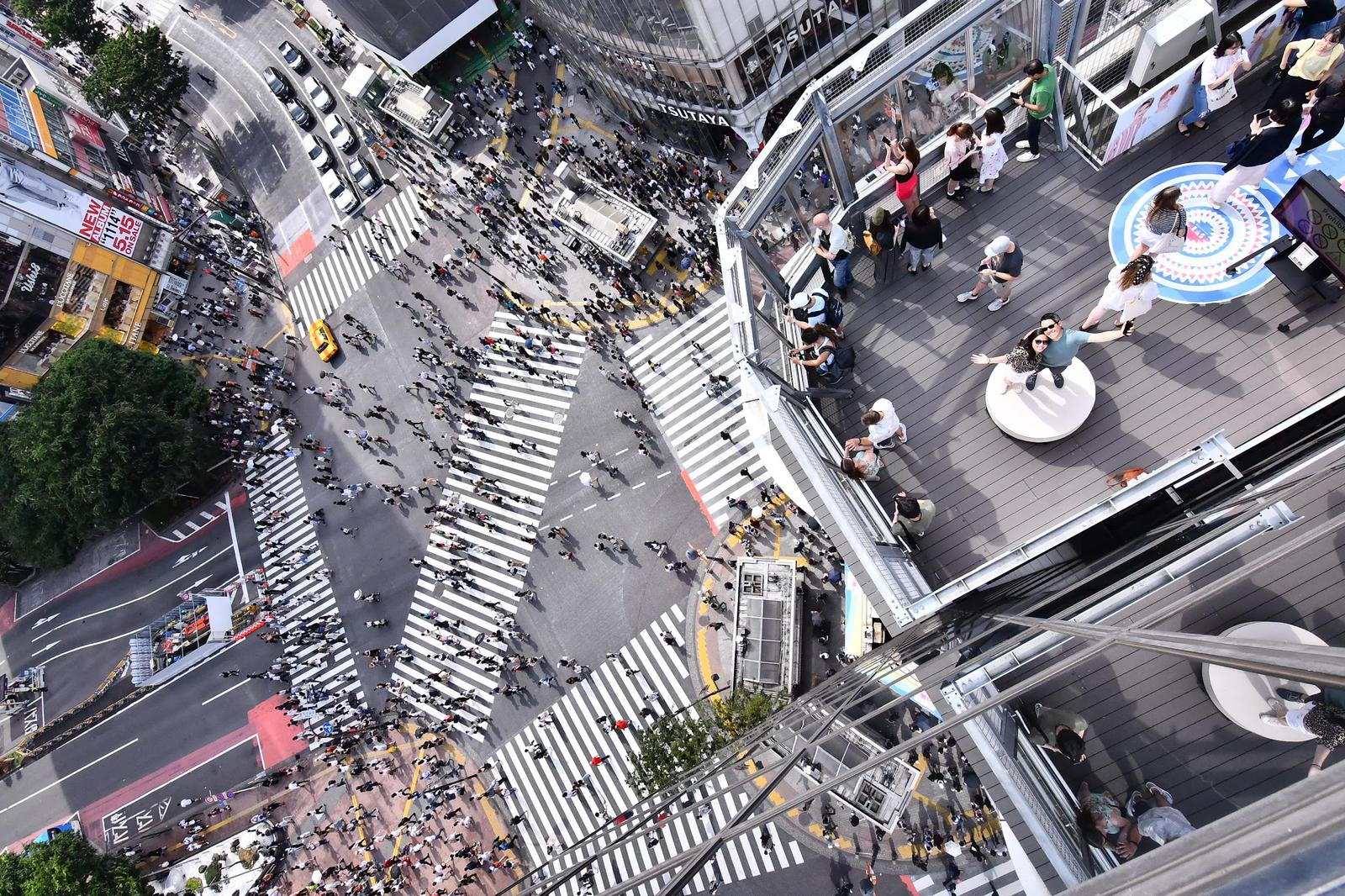 Shibuya crossing seem from above.
