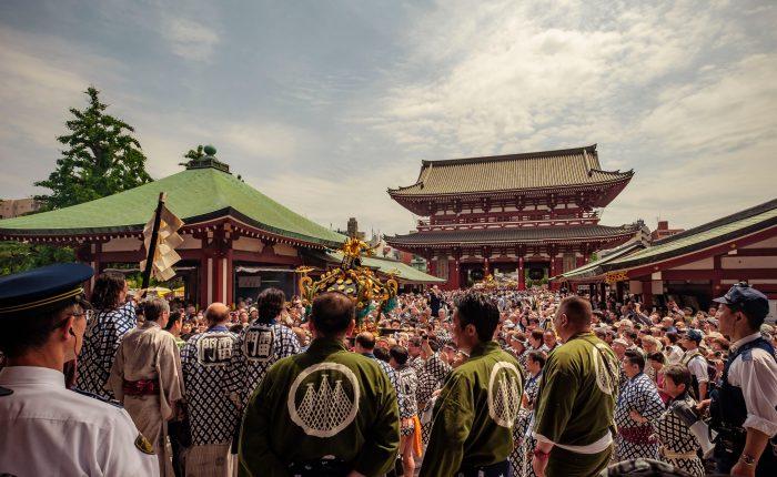Crowd at Sanja festival by Sensoji temple.